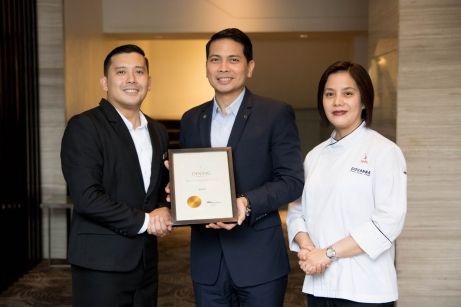 Asst. F&B Manager Jules Melencion, Hotel Manager Ken Kapulong, and Executive Sous Chef Giovanna Sibala with the T Dining by PH Tatler award.jpg