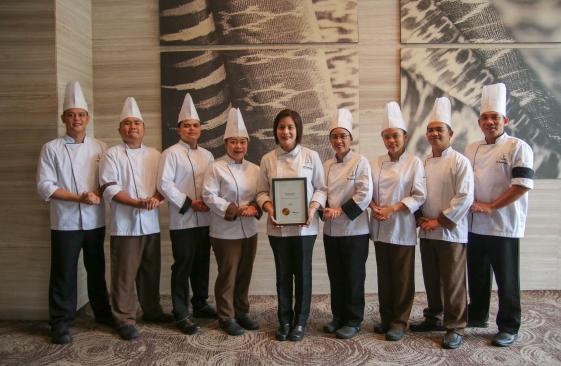 Misto Culinary Team led by Executive Sous Chef Giovanna Sibala with the T Dining by PH Tatler award.jpg