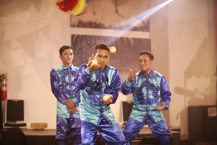Circus stunt performers, The Alvarez Brothers, brings the fun and entertaining routines in Seda's Anniversary Party (4) (1).JPG